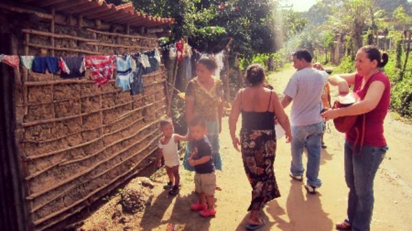Pastor Luis Serves Community in Tela Honduras