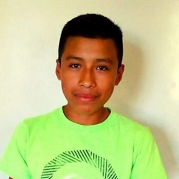 Bani is a 10th-grader who loves math. One day, he would like to be a nurse.