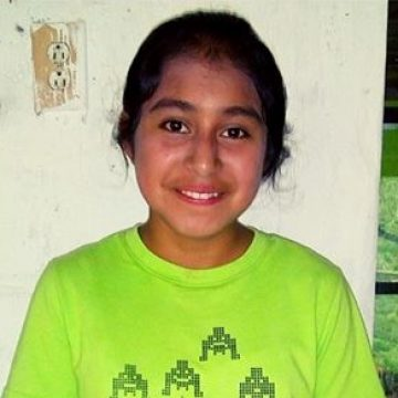 Sayra is in the 8th grade. Her dream is to finish high school then become a nurse.